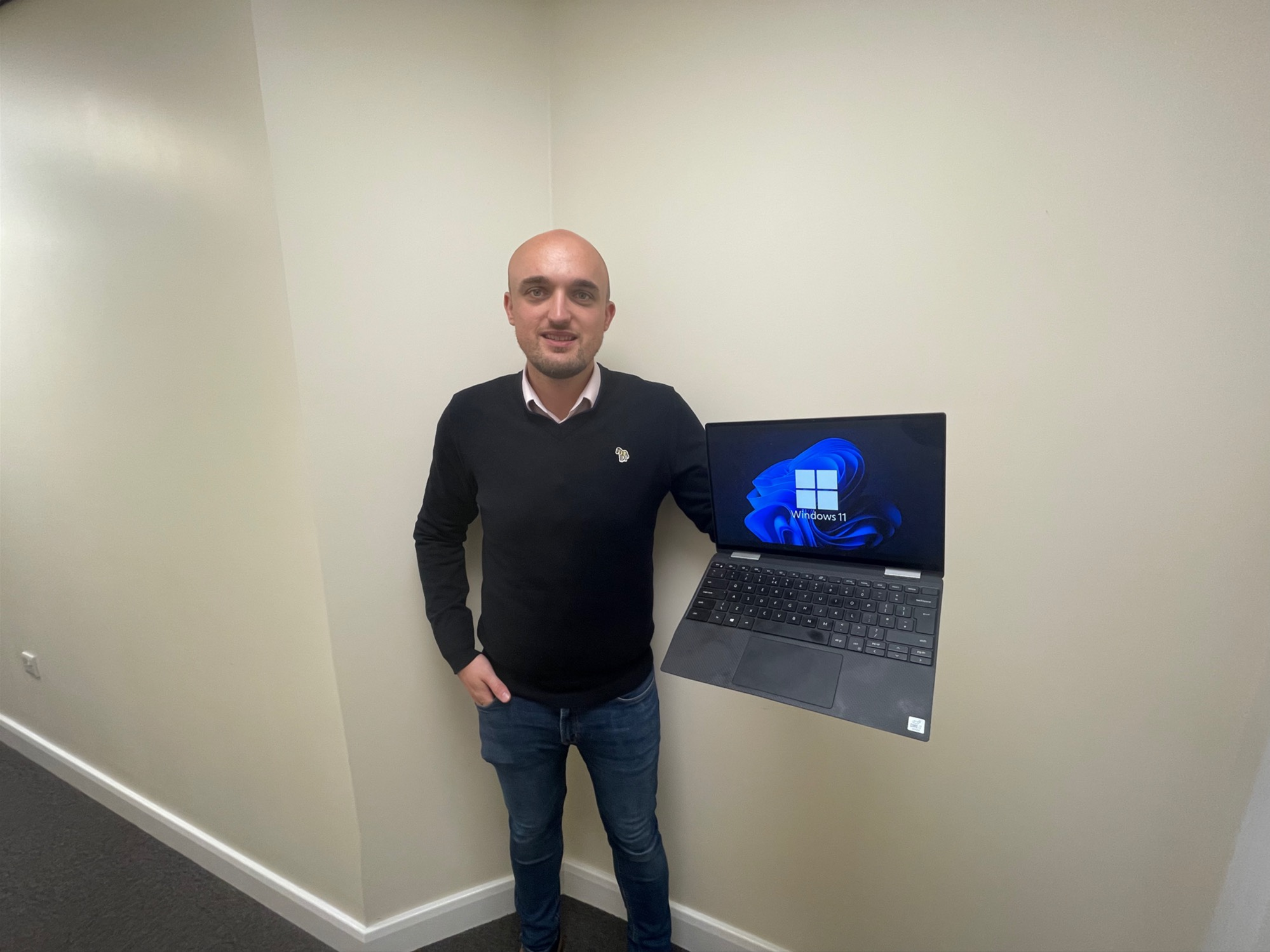 Windows 11 Now Installed at Bowland IT!  Could this new Apple look be the future?
